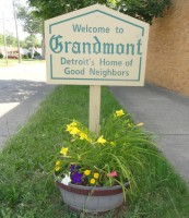 welcome to grandmont sign